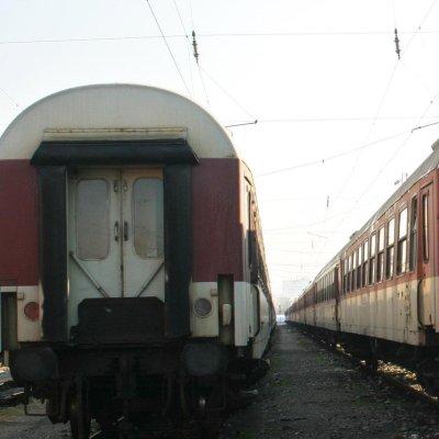Спипаха цигари без бандерол в тавана на влак