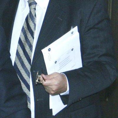 КЗК разследва пазара на касови апарати