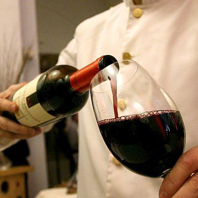 Японци правят свръхпроводници с червено вино