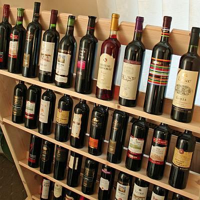 Разделят виното от спиртните напитки с нов закон