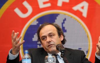 Платини иска клубовете от Италия да спрат да харчат