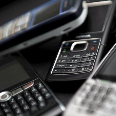 Готвят мерки срещу мобилни и кабелни оператори