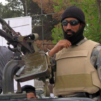Поне 90 убити след атака на НАТО в Афганистан