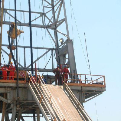 Турция започва сондажи за петрол и газ в Северен Кипър