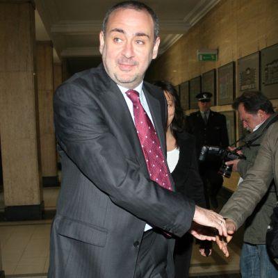 Велчев призна: Няма напредък с корупцията