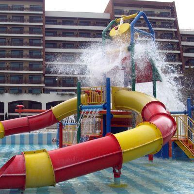 Раздвижване в родните курорти