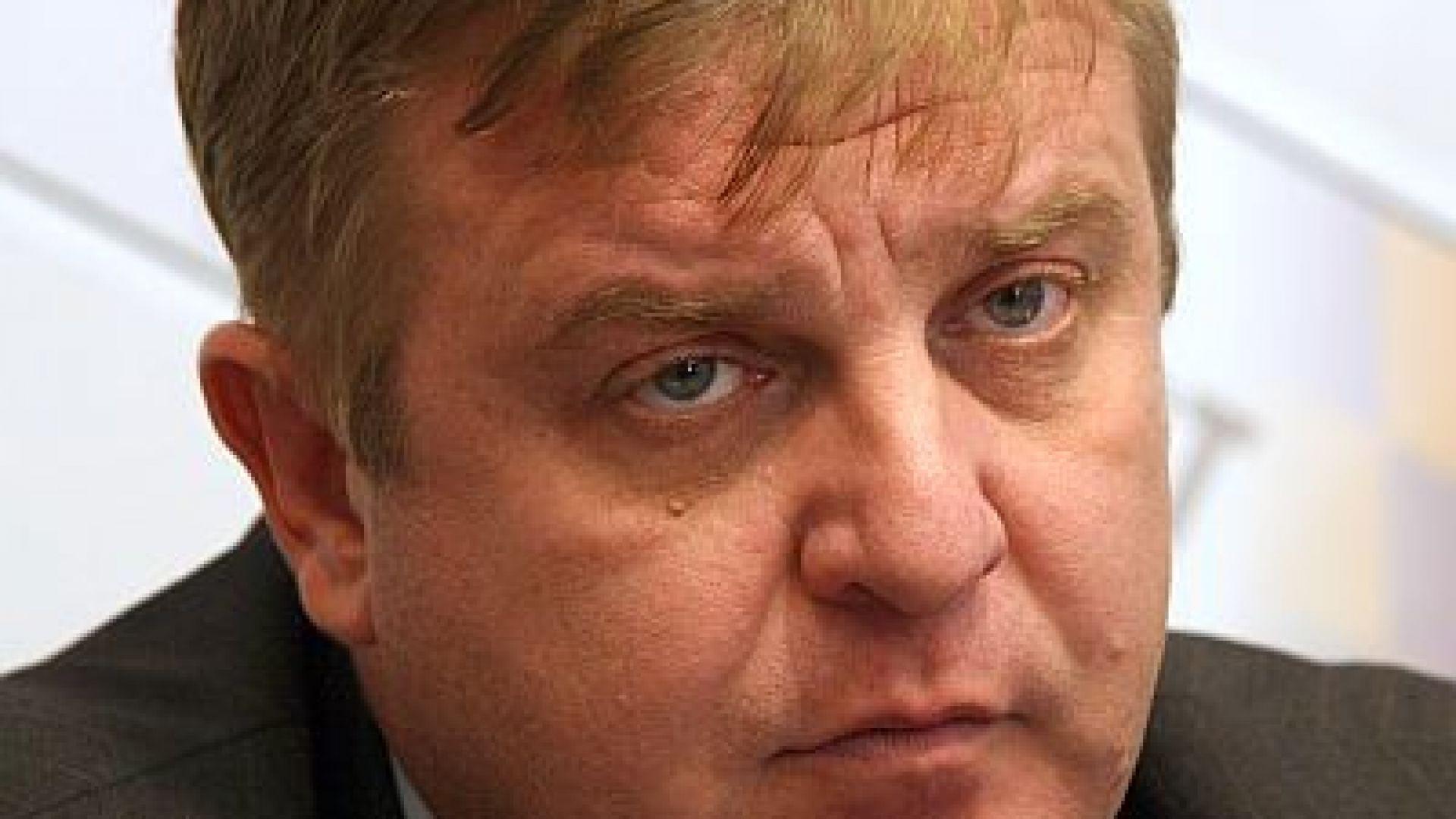 Каракачанов: Е, дойде ли време за тоягата