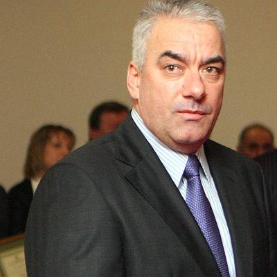 Шефът на НОИ Сотир Ушев подаде оставка