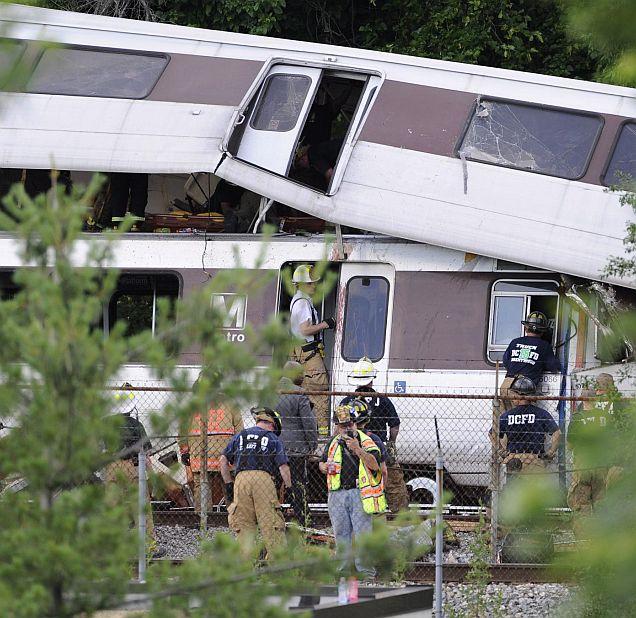 Над 50 ранени при удар на влакове в Германия