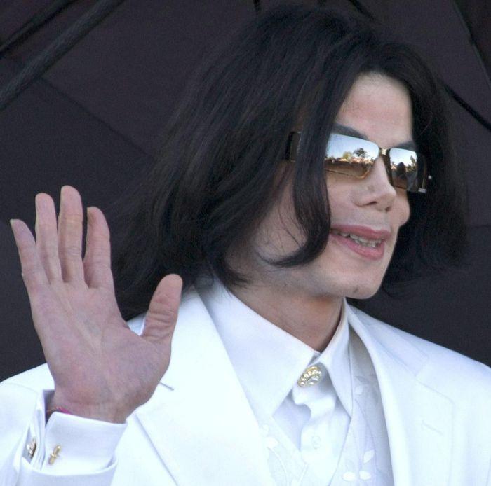 Светът отново си спомня за Майкъл Джексън