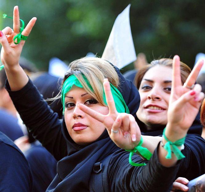 """Техеран провалил американския план """"Аякс-2"""""""