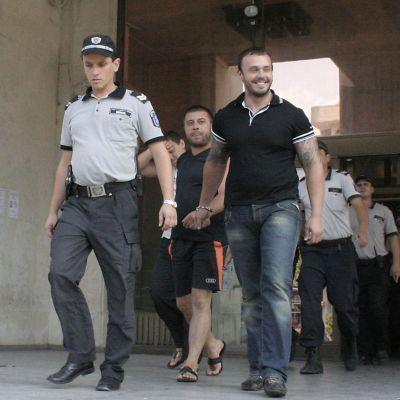 Наркопласьорите на Очите остават в ареста