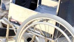 Социалните отказват инвалидна количка на 6 г. дете с церебрална парализа