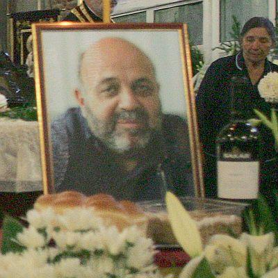 Министри изпратиха Александър Божков