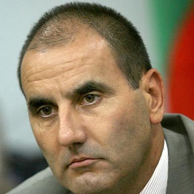 Цветанов: Не съм дал и 1 лев кеш за апартамент