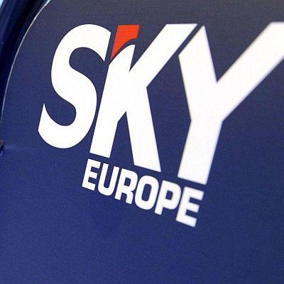 Компании поеха изоставените от SkyEurope пътници
