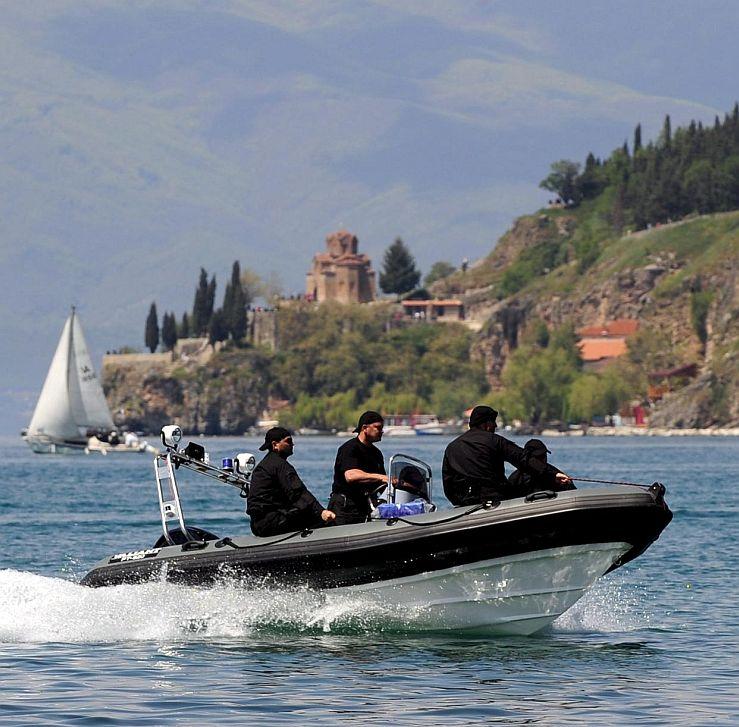 Всички корабчета в Охридското езеро несигурни