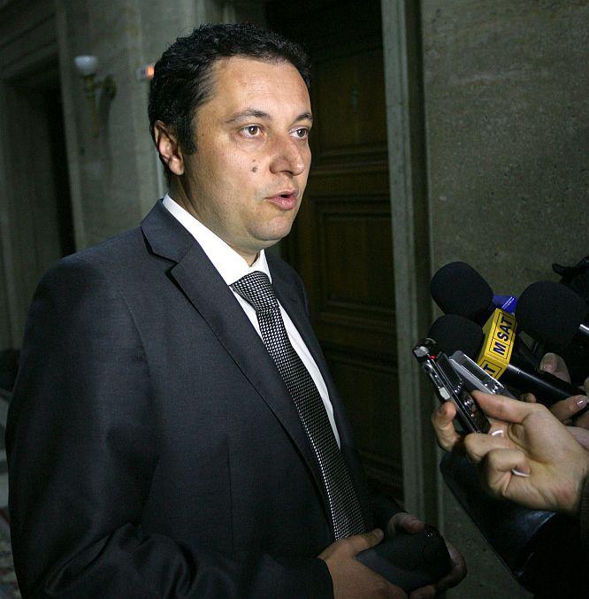 Министри, депутати, магистрати, кметове оказвали натиск на Кушлев