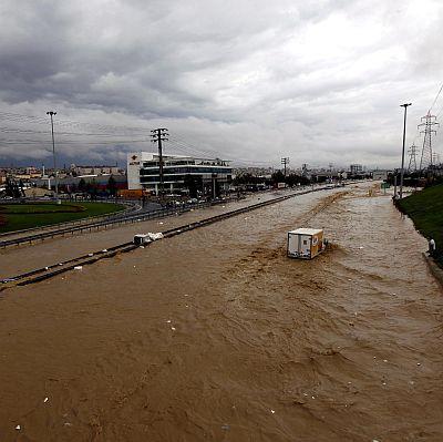 Изчезналият при потопа в Турция българин е жив