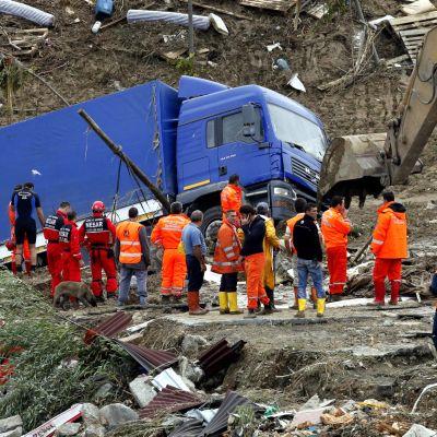 Бури и силни дъждове заплашват и Гърция