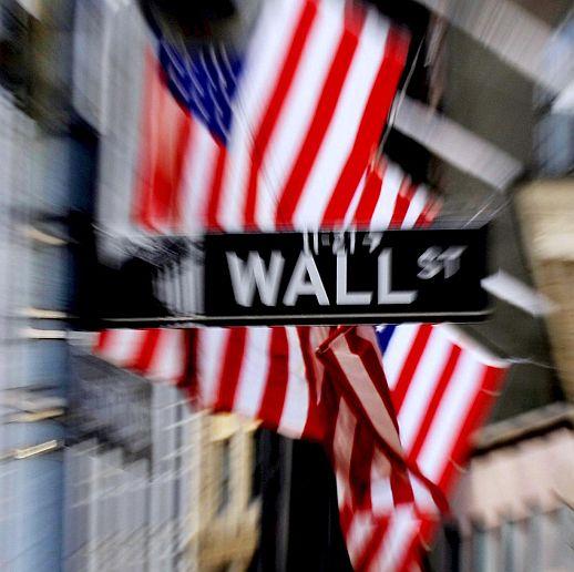 Кризата изяде световното богатство и милионерите