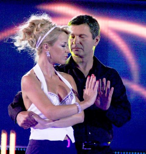 Мира сменя Милен Цветков, Део се включи във VIP Dance