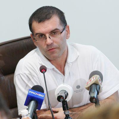 Дянков потърси изход от кризата в Европа