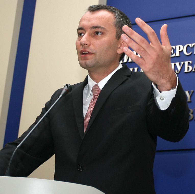 Закъсала България преразглежда оръжейни сделки