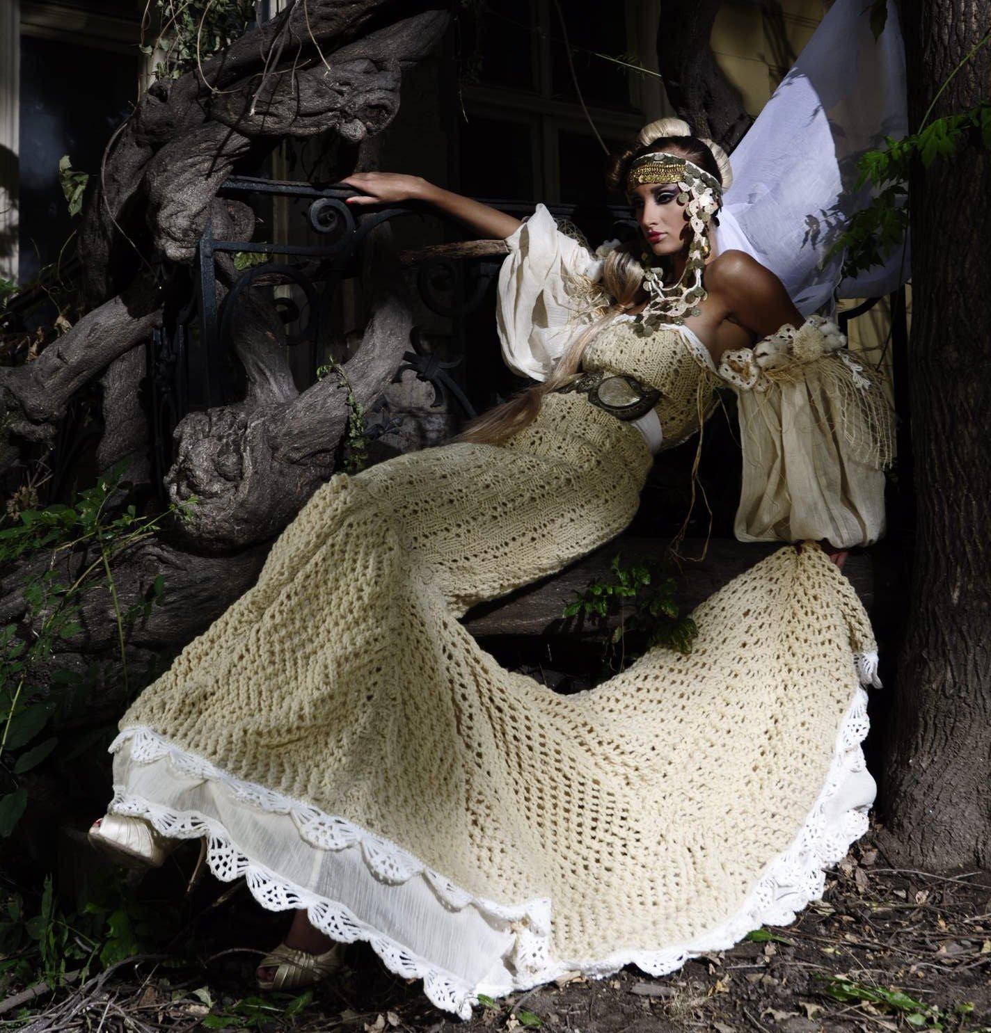 Юлия Юревич позира с еко рокля за световен моден форум