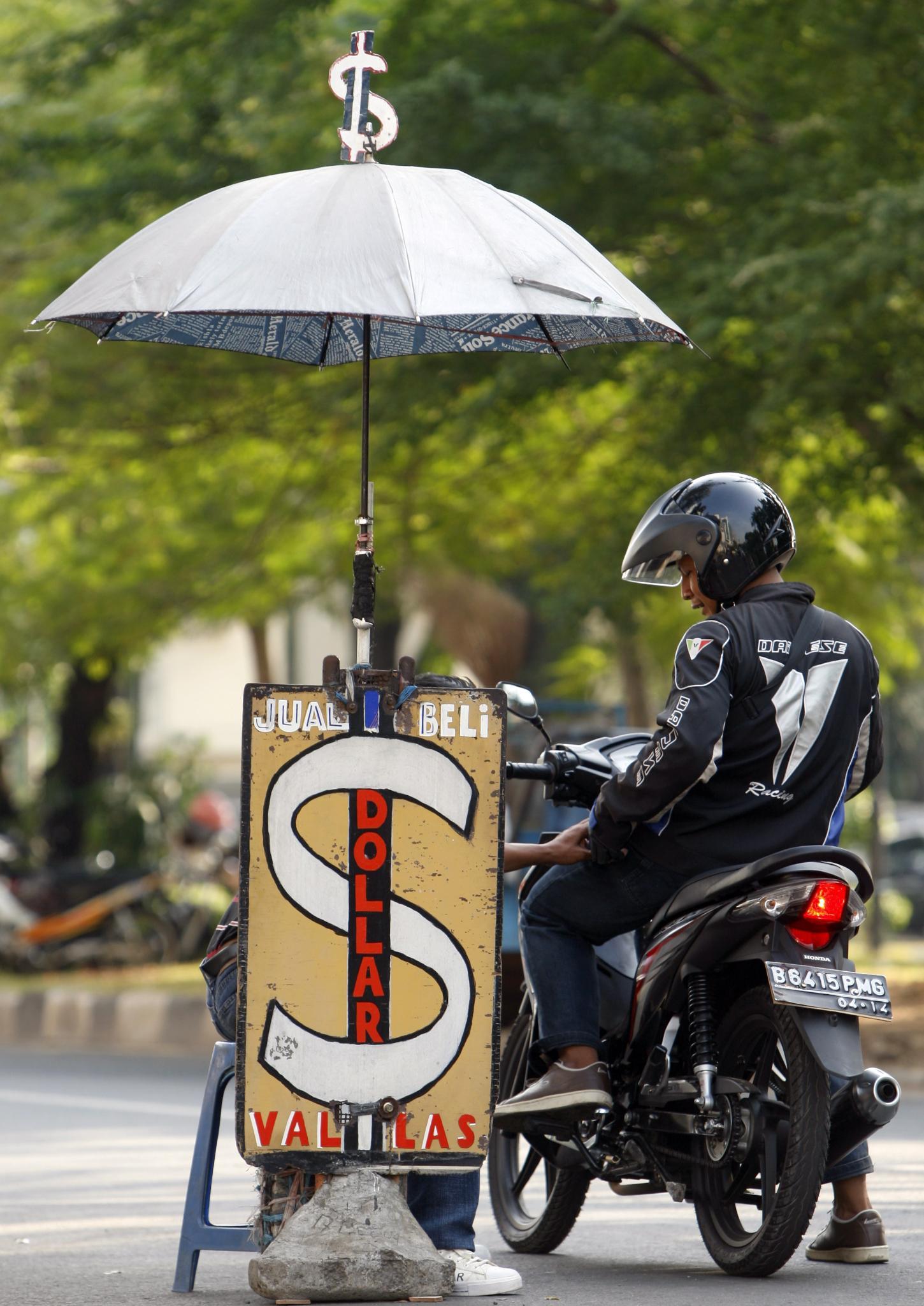 Ще бъде ли детрониран доларът?
