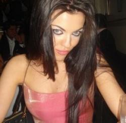 Дъщерята на Наско Сираков Славея става модел в чужбина