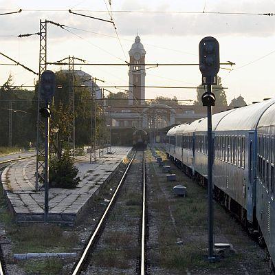 Ремонтират жп линията София-Бургас