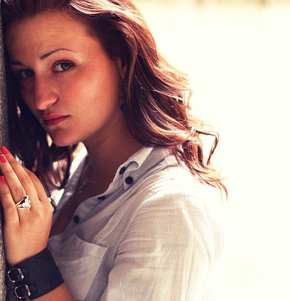 Рут Колева от Music Idol 3 издаде дебютен сингъл