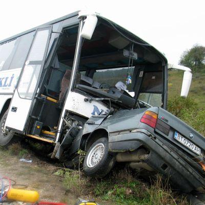 Шофьор без книжка виновен за смъртта на четирима
