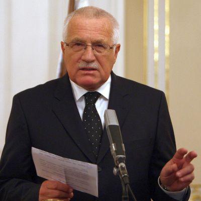 Вацлав Клаус: Заемът към Гърция е непогасим подарък