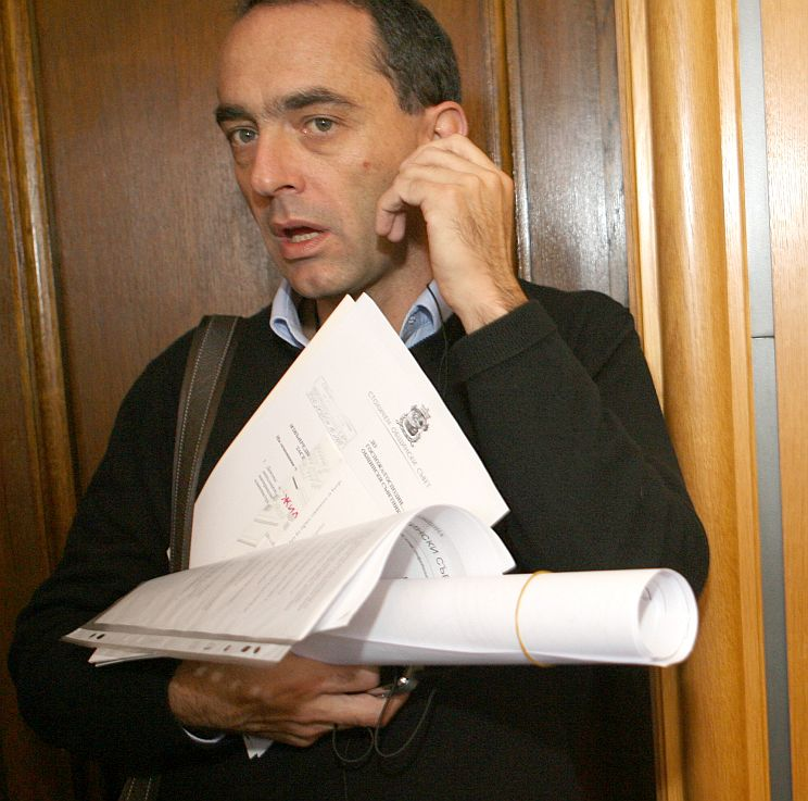 Мартин Заимов оглави недоволните от Праматарски