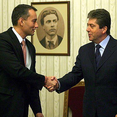 Военен министър изхарчил 100 млн. лв. за избори