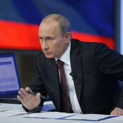Путин обвини Украйна в изнудване