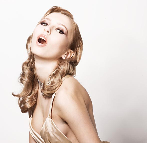 Жасмина Тошкова пак на екран