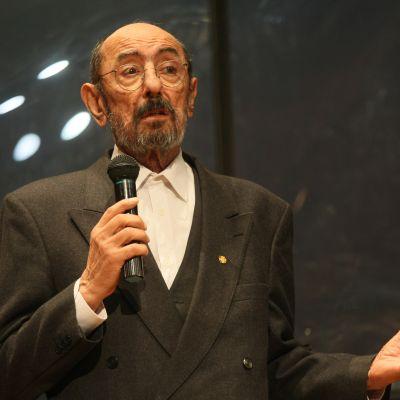 """Награждават посмъртно Крикор Азарян с """"Икар 2010"""""""