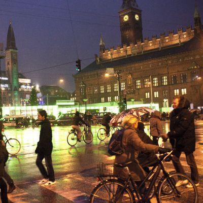 Жителите на Цюрих вземат най-високите заплати