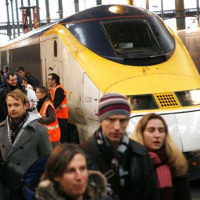 "Стачка спира влаковете ""Евростар"""