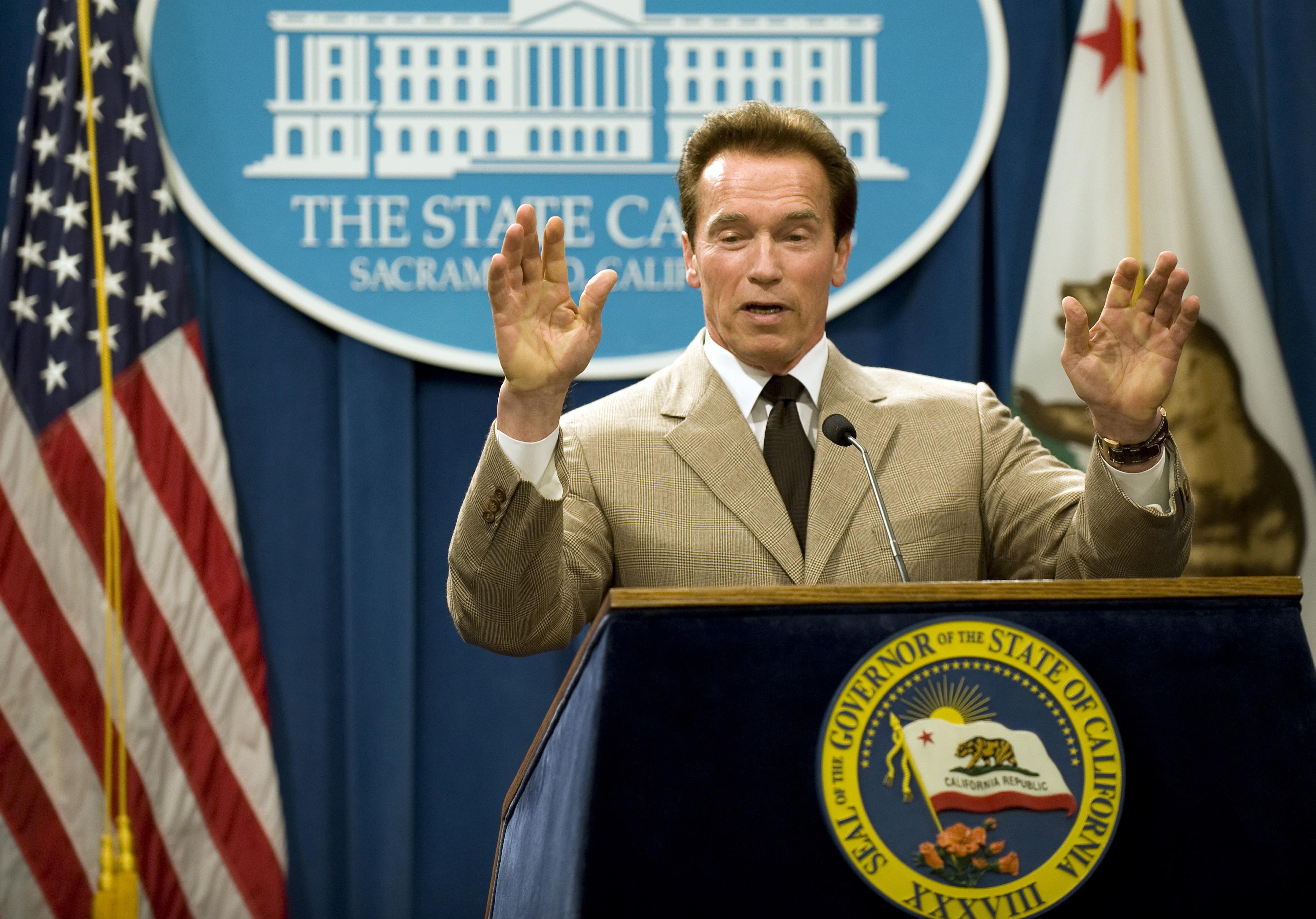 """Резултат с изображение за """"Арнолд Шварценегер като губернатор на Калифорния."""""""""""