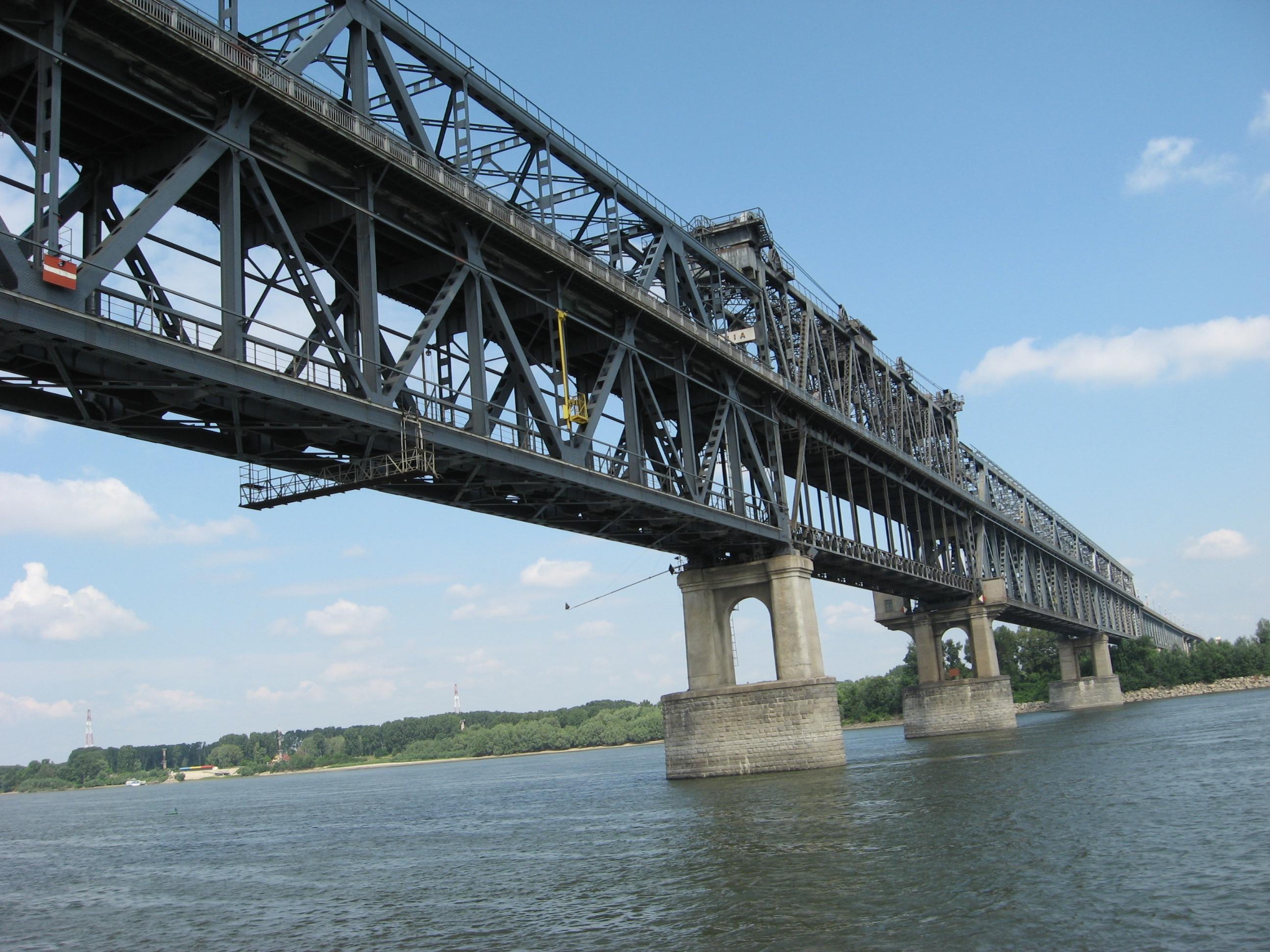 Пускат източното разширение на Дунав мост до седмица