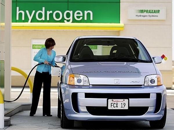 Създадоха изкуствен петрол от водород