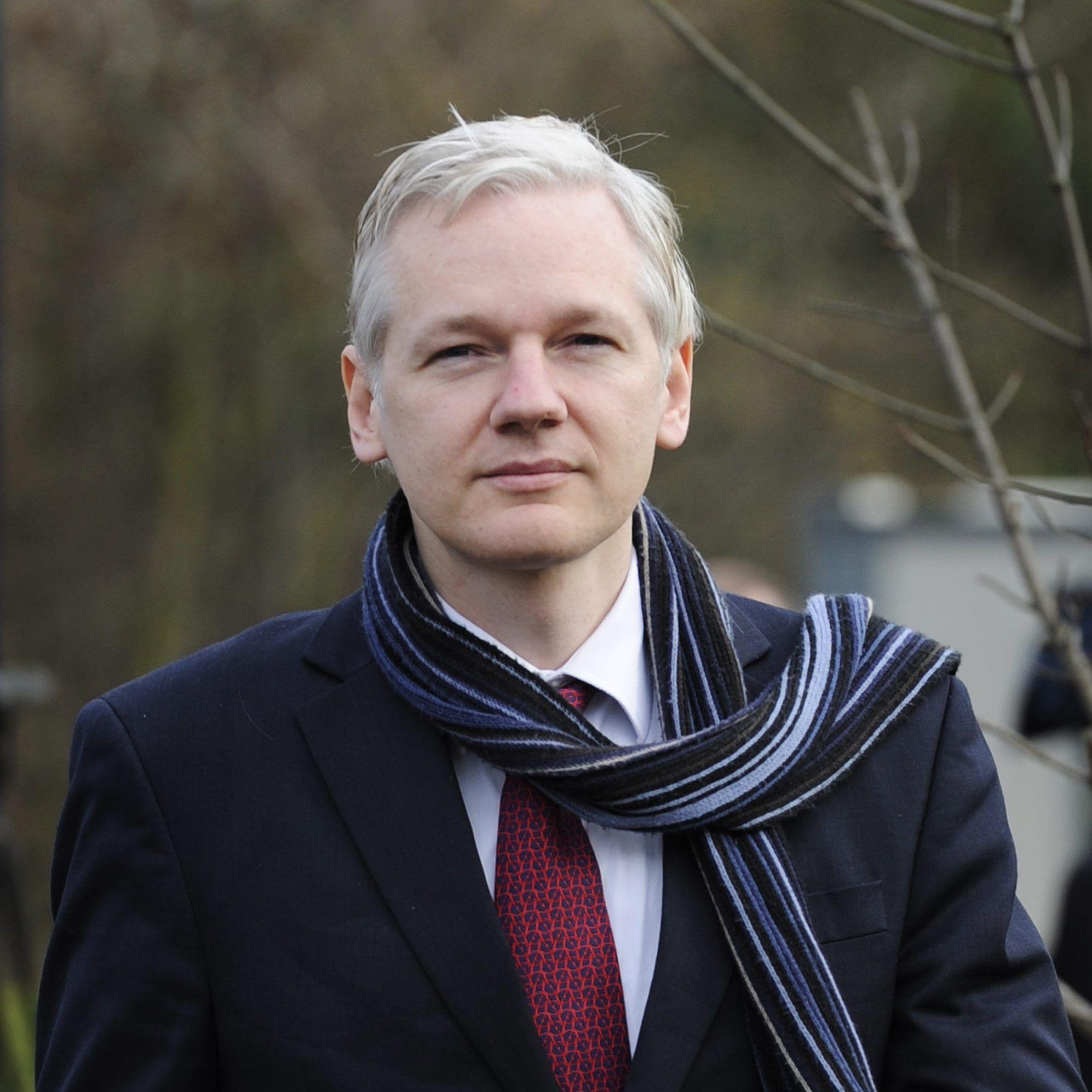 """Facebook опроверга информация на """"Уикилийкс"""""""