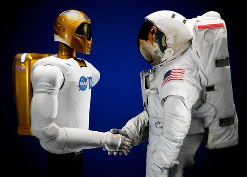 Човекоподобен робот излетя в Космоса