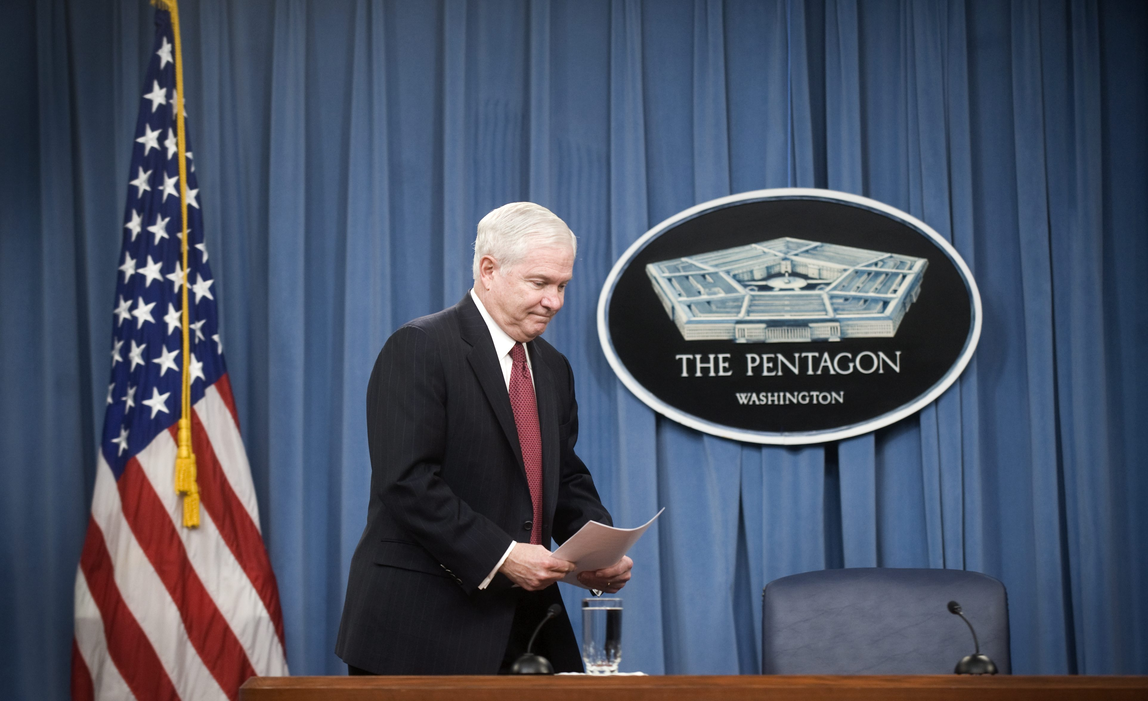 Пентагонът манипулира социалните мрежи