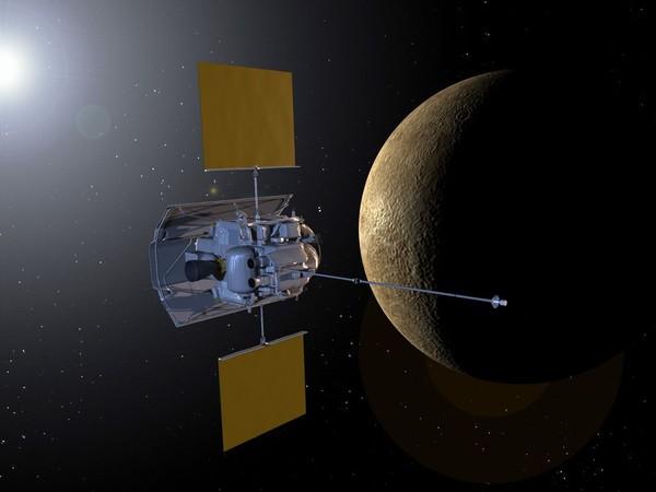 """""""Месинджър"""" навлезе в орбитата на Меркурий"""