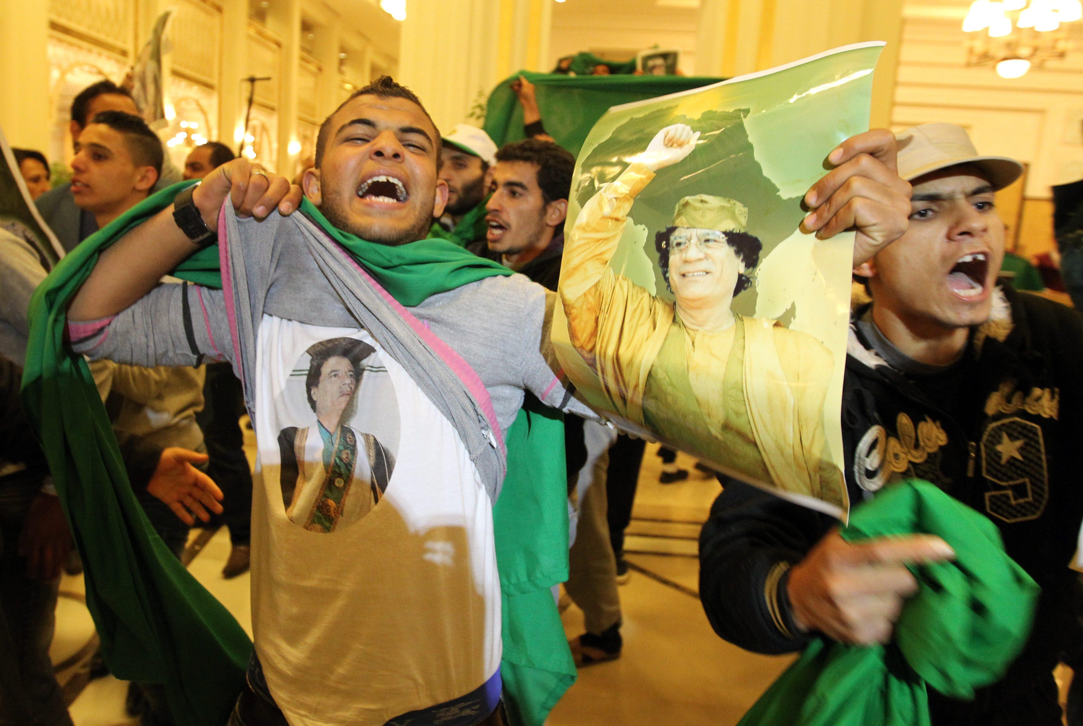 Освободиха отвлечените в Либия журналисти